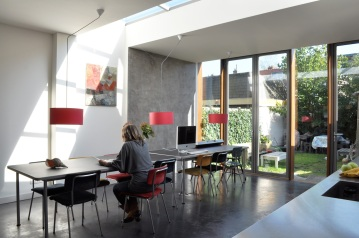 Sky light and the new glass façade for maximun light enjoyment